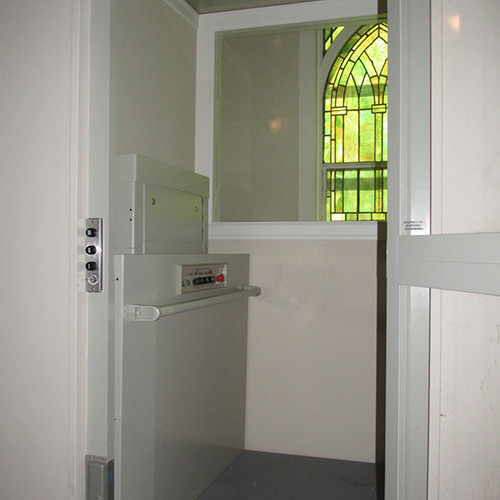 Commercial and Residential Hoistway Enclosed Vertical Platform Wheelchair Lift