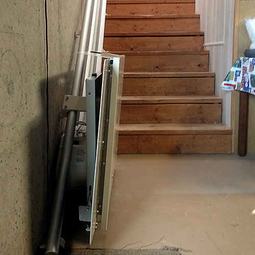 Residential Wheelchair Lift : Butler mobility residential inclined wheelchair lift